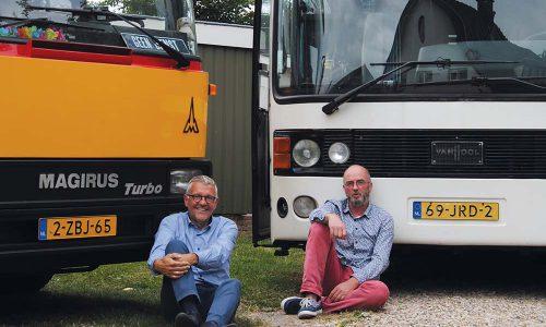 bus-boys